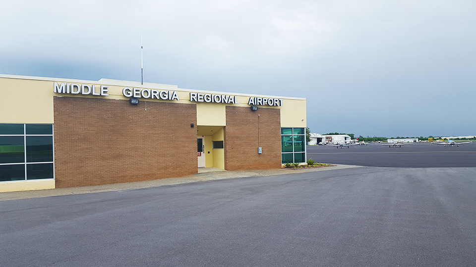 Middle Georgia Regional Airport web